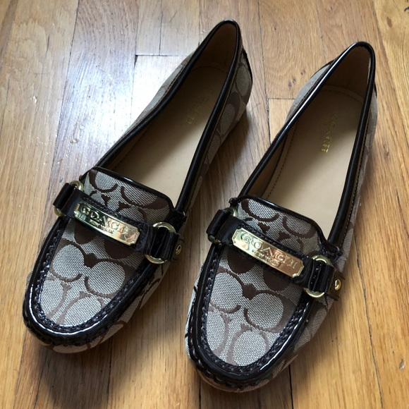 857dd183176 Coach Shoes - NWOT  Coach brown felicia loafers